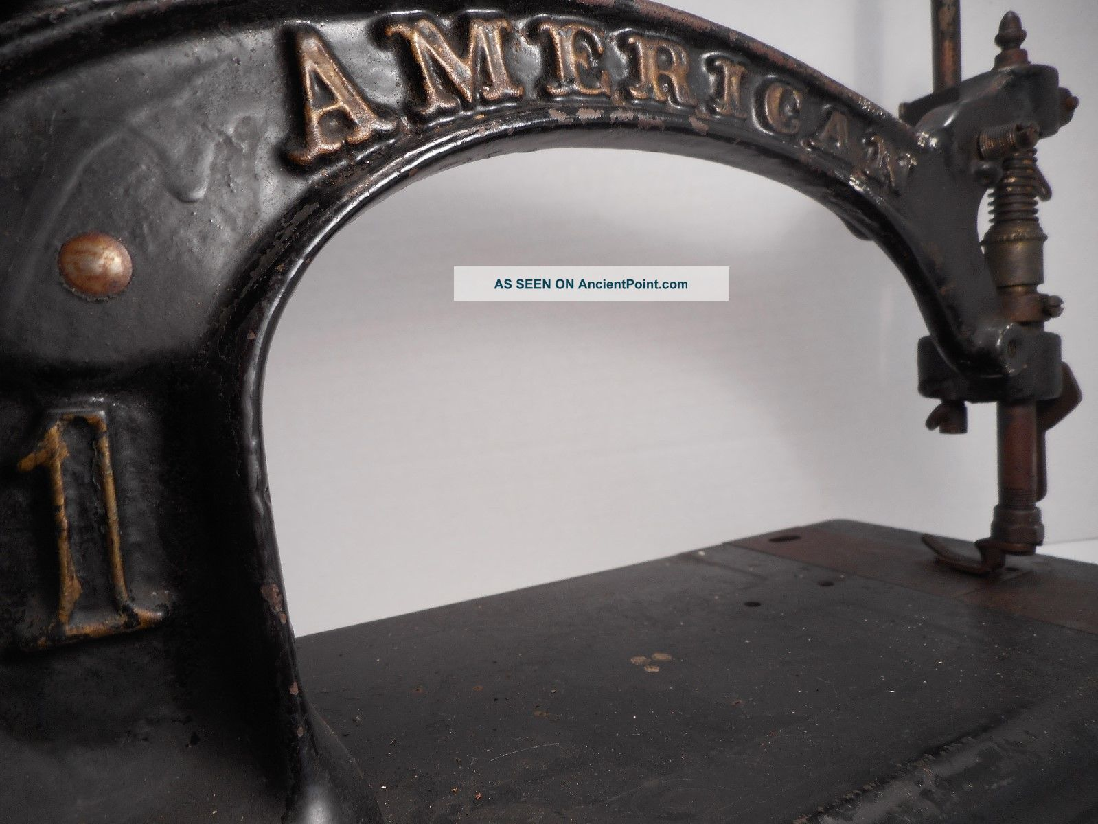 Antique / Vintage American 1 Sewing Machine American Button Hole & Seaming Co Sewing Machines photo