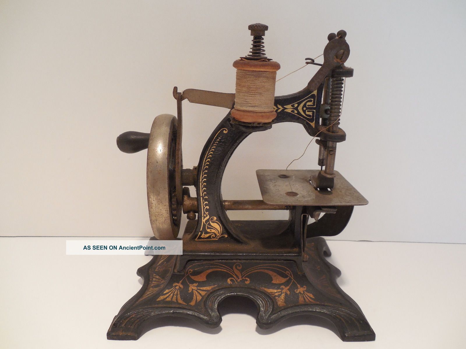 Mueller 20 Antiq Child Toy Mini Sewing Machi Cast Iron Numbered Germany 1905 - 45 Sewing Machines photo