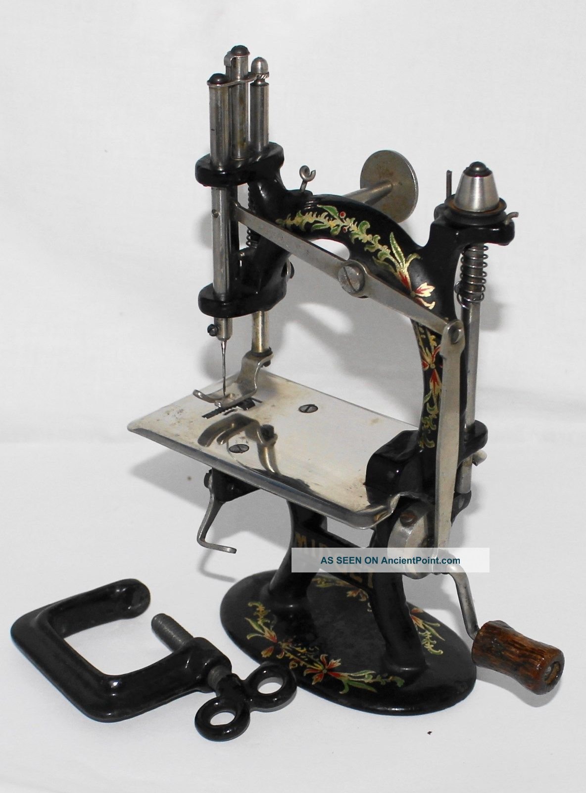 Rare Antique Foley & Williams Cast Iron Midget Sewing Machine W/original Box Sewing Machines photo