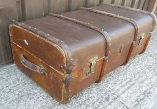 Large Steamer Trunk Suitcase Chest Decorative Vintage Coffee Table Wood Ribbed photo