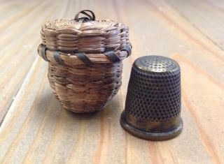 Antique Small Northeast Indian Old Ash & Sweetgrass Aafa Maine Thimble Basket photo