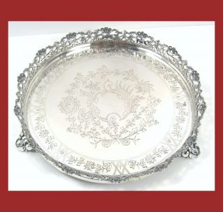 Salver Engraved Three Feet Solid Silver photo