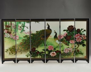 Old Oriental Lacquer Handwork Painting Vivid Pe photo