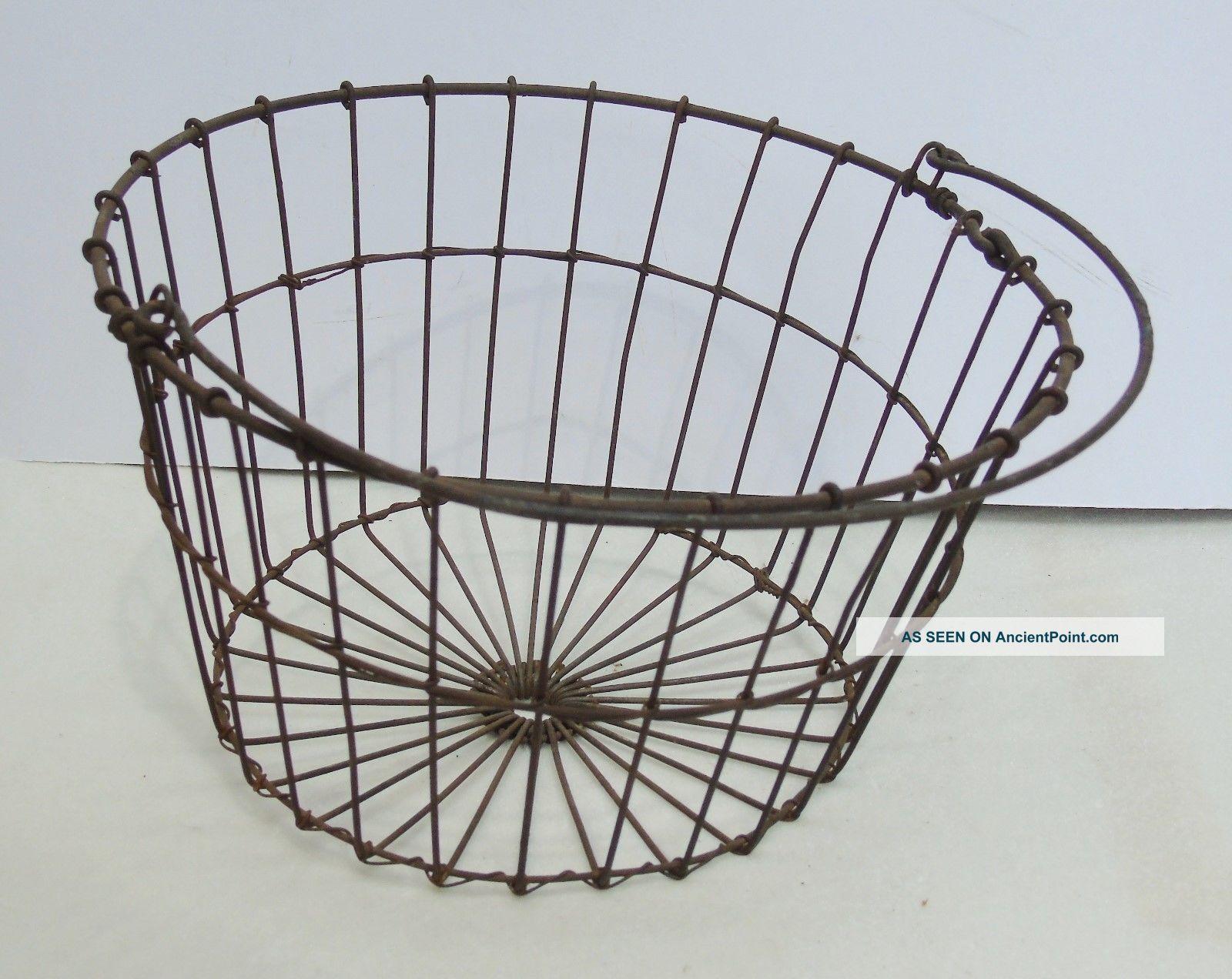 Antique Primitive Metal Wire Egg Basket W/ Handle Chickens Farm
