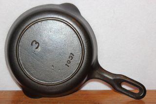 Vintage 1940 Griswold 3 Iron Mountain Skillet P/n 1031 Cast Iron Frying Pan photo