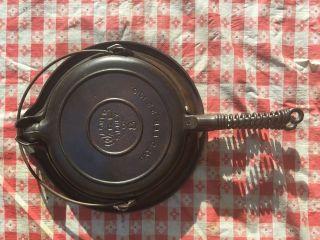 Antique Cast Iron Wagner Ware Sydney - O - 8 Waffle Iron photo