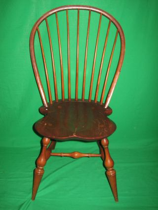 Dr Dimes Windsor Bowback Brown Dining Room Chair   Early American   Will  Ship Photo