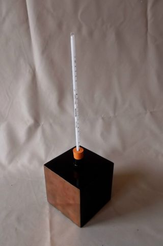 Leslie ' S Cube,  Copper,  Vintage {thermodynamics} With Thermometer photo
