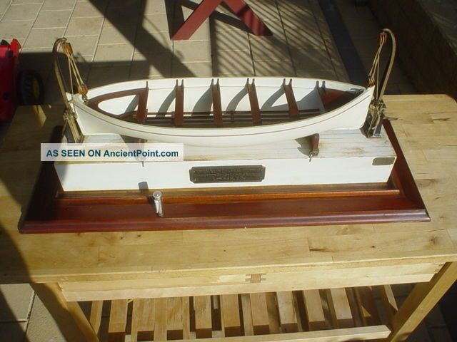 Antque 1900s Wooden Model Lifeboat With Welin Davits Rms Titanic Other Maritime Antiques photo