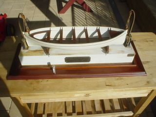 Antque 1900s Wooden Model Lifeboat With Welin Davits Rms Titanic photo