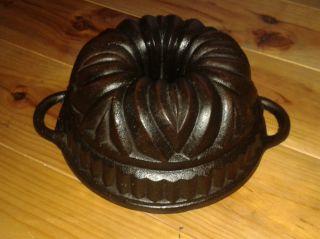 Very Rare Old Antique Cast Iron Bundt Pan Germany 2752 G Diameter 22 Cm photo