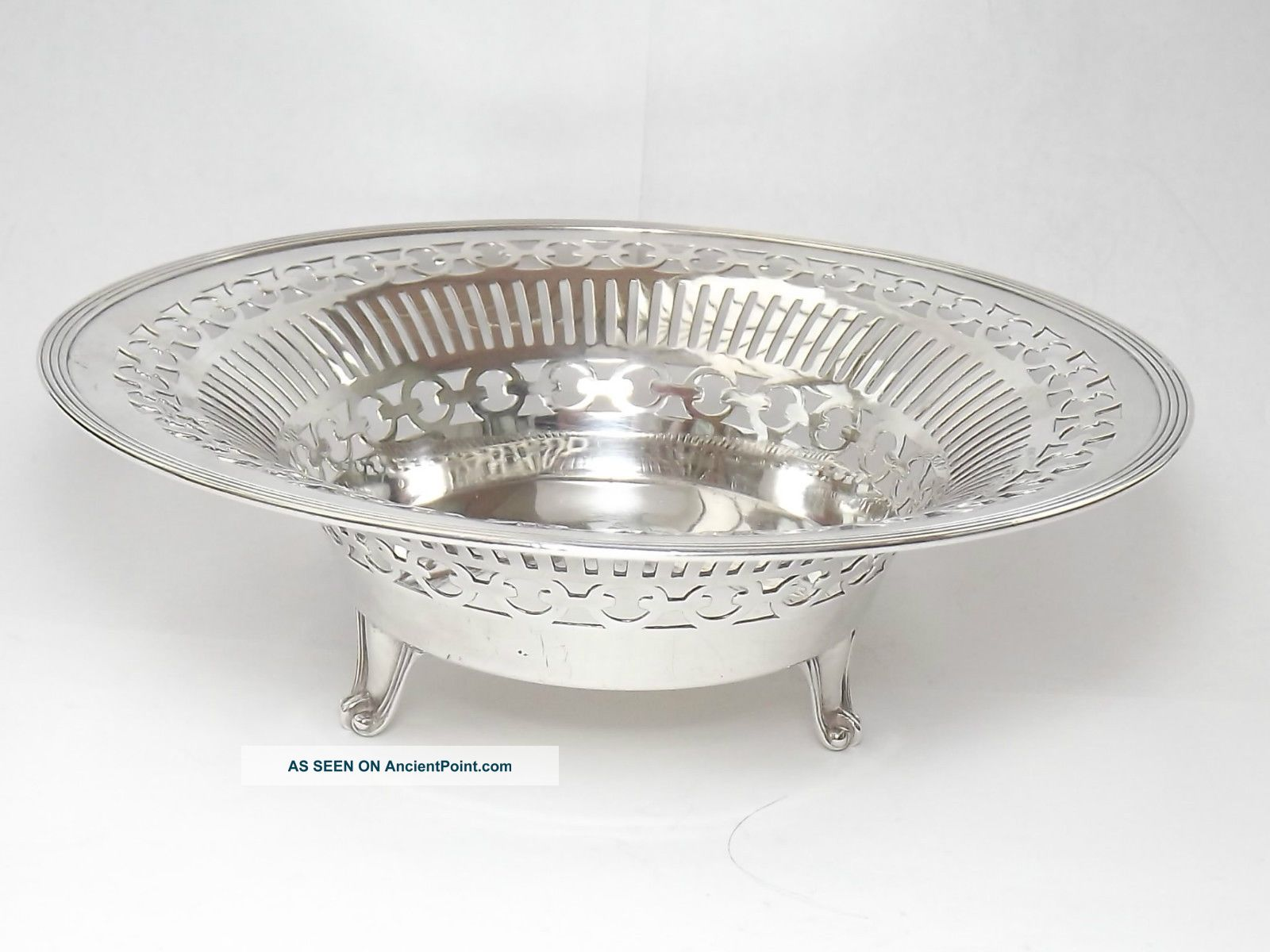 Quality Goldsmiths & Silversmiths Solid Silver Dish - London 1917 Dishes & Coasters photo