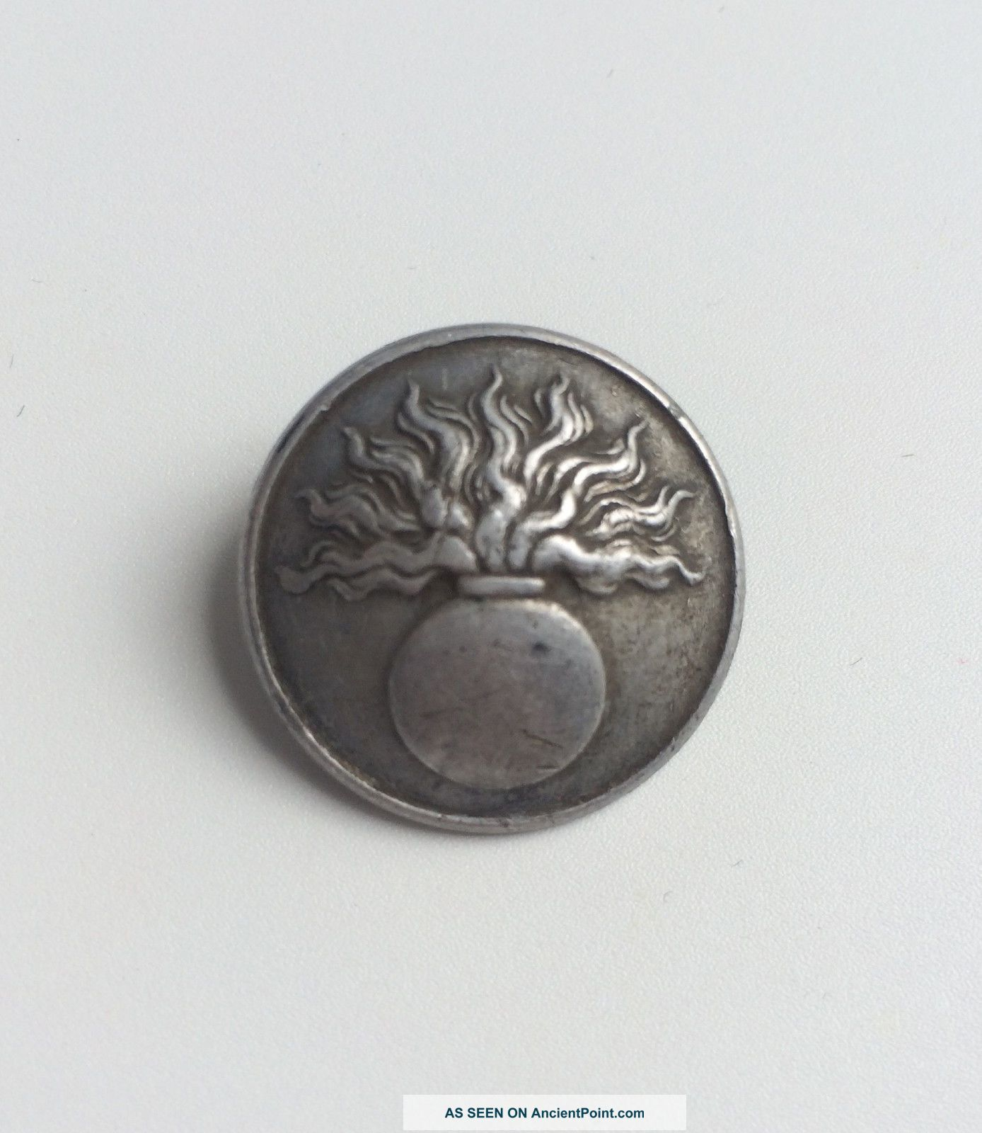 French Ww1 Military Button - A  M  & C  Paris On The Back