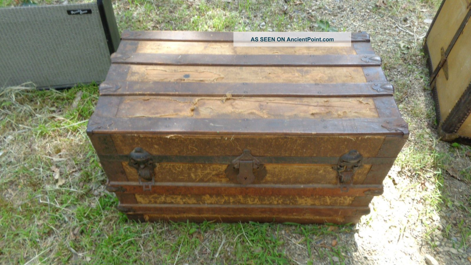 Antique Dome Top Steamer Trunk Blanket Box Quilt Chest