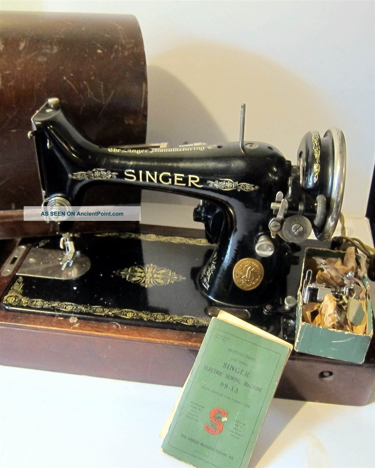 Singer Sewing Machine Model 99.  Ser Ab 421166 Wooden Dome Case - Made In 1926 Sewing Machines photo