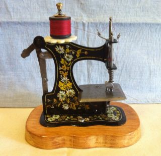 Antique 1900 Toy Sewing Machine - Muller F.  W.  - Model 1 photo