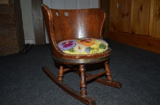 Putney Vermont Basketville Child ' S Rustic Barrel Wood Rocking Chair W/pad photo