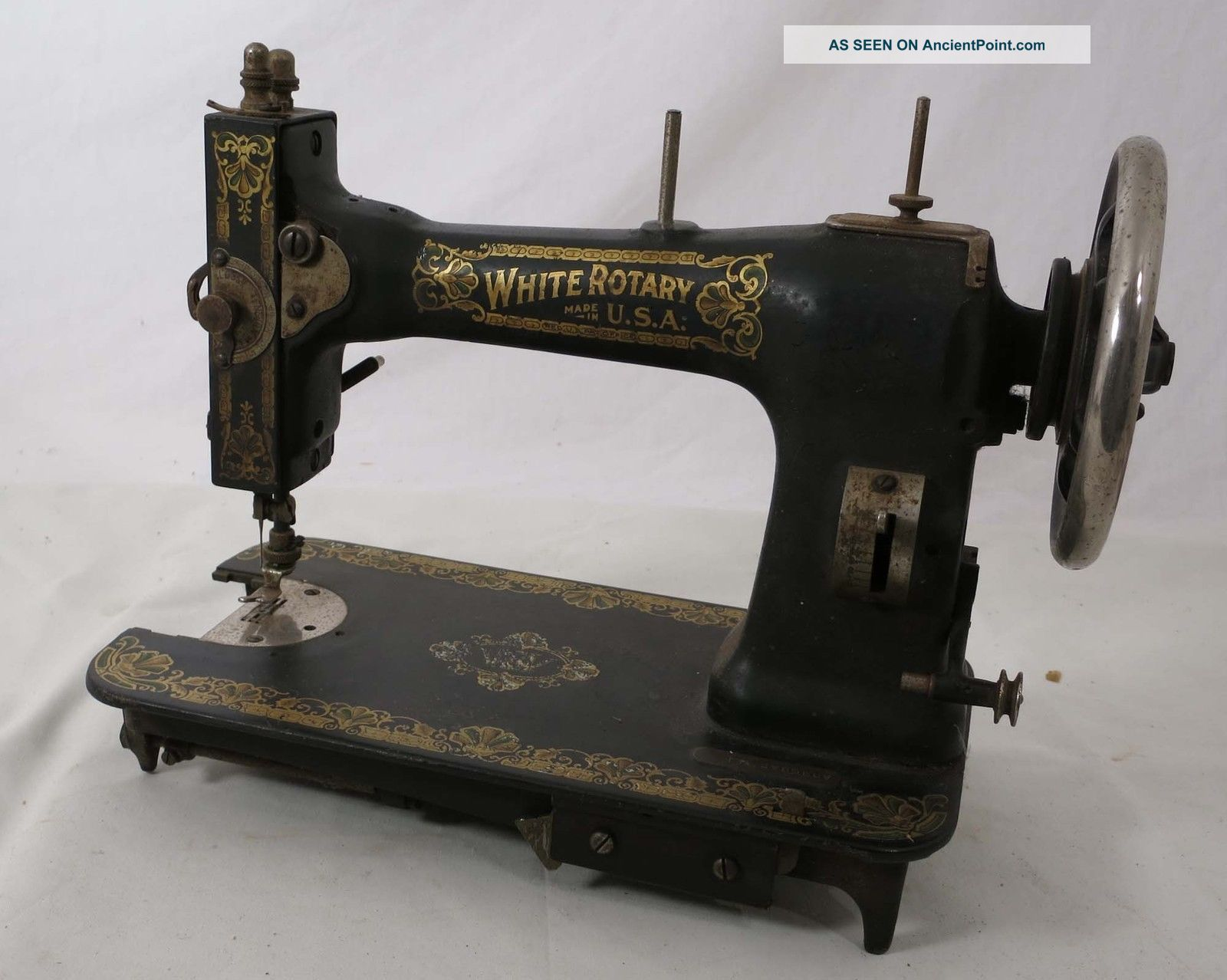 White Rotary Treadle Sewing Machine Vintage Pretty Steampunk Sewing Machines photo