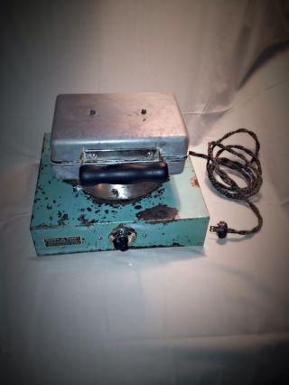 Brown Bobby Greaseless Donut Maker Machine photo