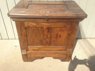 Antique Oak Ice Box / Ice Cooler Very Can Be 26 W 17d 24.  5 H photo