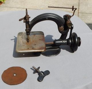 Antique Kruse & Murphy Sewing Machine Treadle Operated Willcox & Gibbs photo