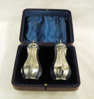 Stunning Boxed Pair Edwardian Solid Silver Pepper Pots photo