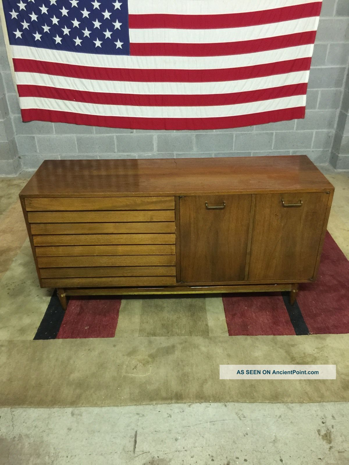 Mid - Century Danish Modern Style American Of Martinsville Credenza Server Cabinet Post-1950 photo