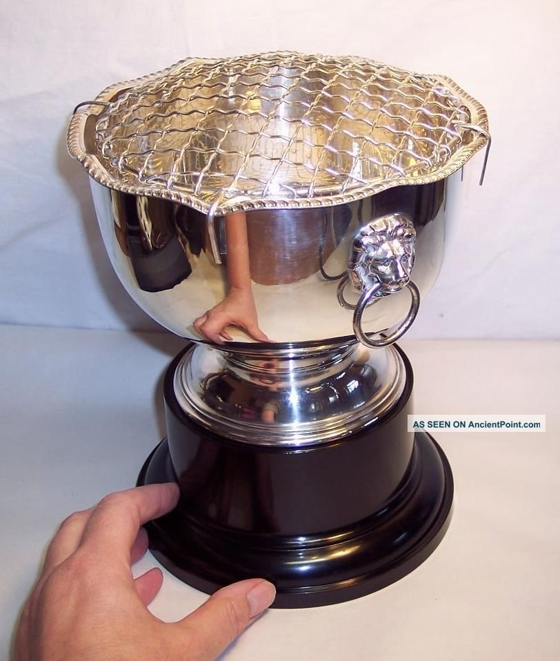 Vintage/antique Silver Plate On Copper Lion Head Handles Rose Bowl On Stand Vases & Urns photo