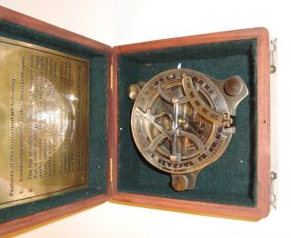 Solid Brass Collectable Large Sundial Compass With Wooden Box (cz) photo