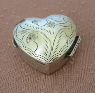 Lovely Solid Sterling Silver Hinged Pill Box Heart Shaped London Ari D.  Norman photo