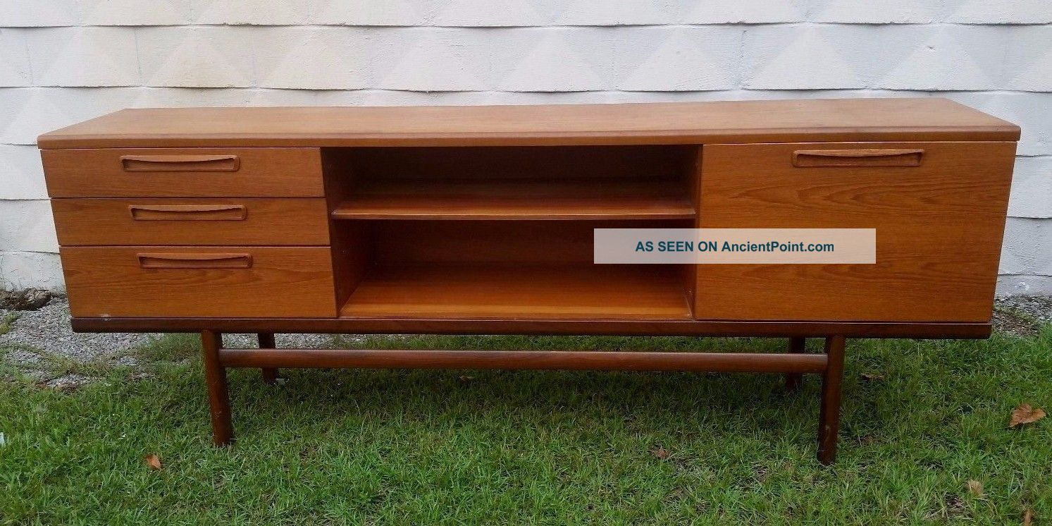 Mid - Century Modern Teak Sideboard Credenza Lg Flat Screen Tv Stand Console Post-1950 photo