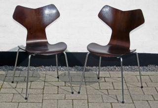 Arne Jacobsen 3130 Grand Prix Chair - Signed - Retro - Danish photo