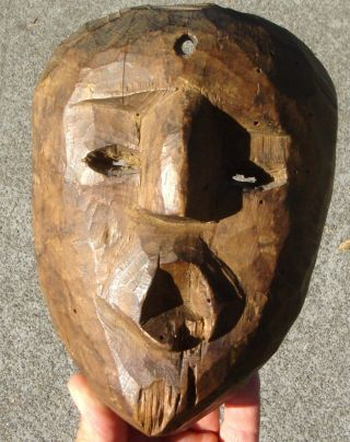 Face Mask: Carved Wood,  Early 19th Century,  York State photo