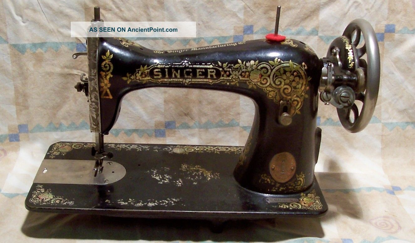 Vintage Singer 115 Sewing Machine,  Recently Serviced Sewing Machines photo