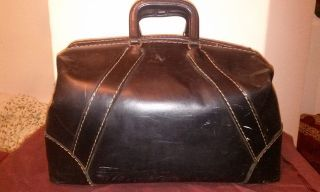 Halloween - Antique Vintage Leather Country Doctor ' S Bag photo