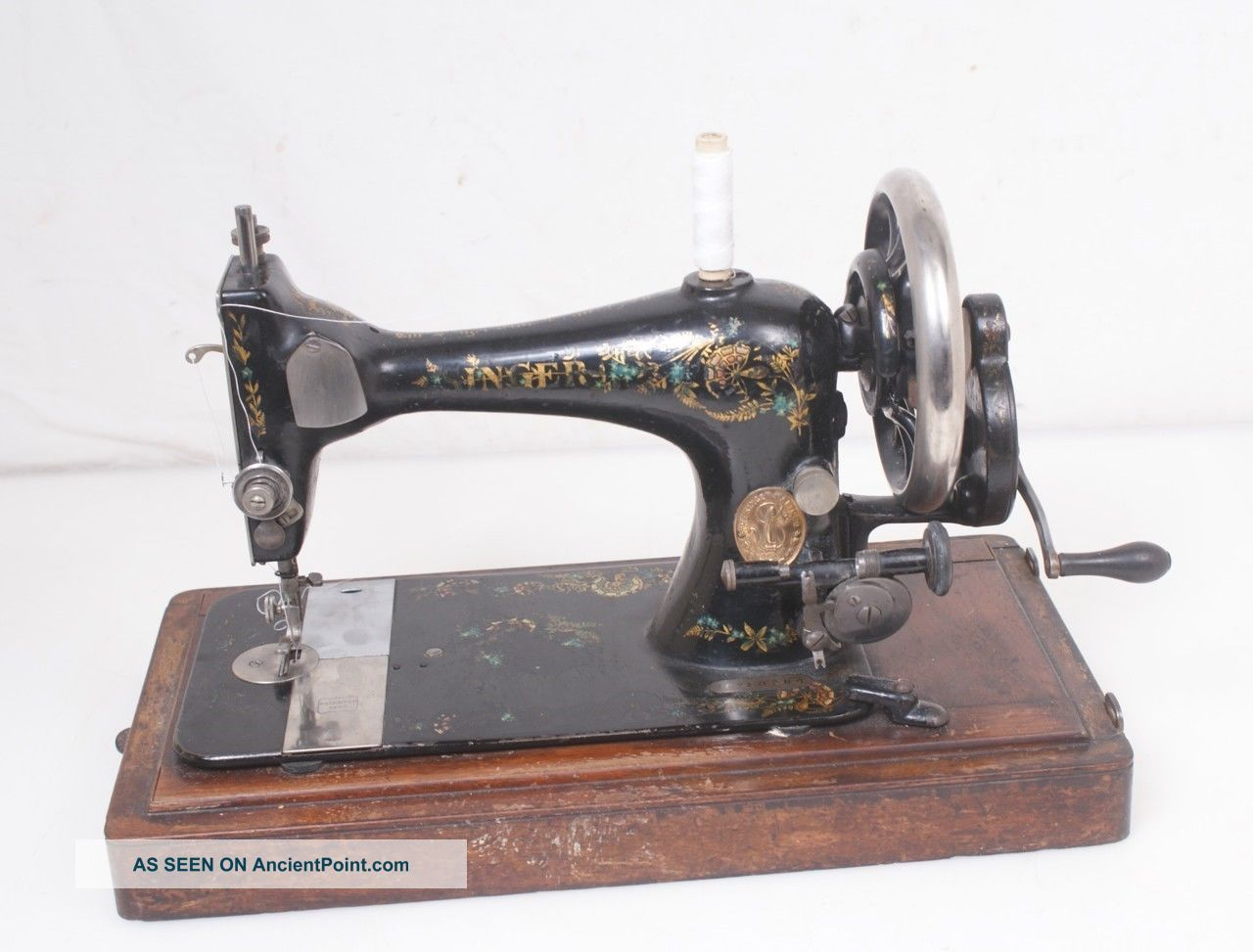 Antique 1892 Singer Vs 28k Hand Crank Sewing Machine Sewing Machines photo