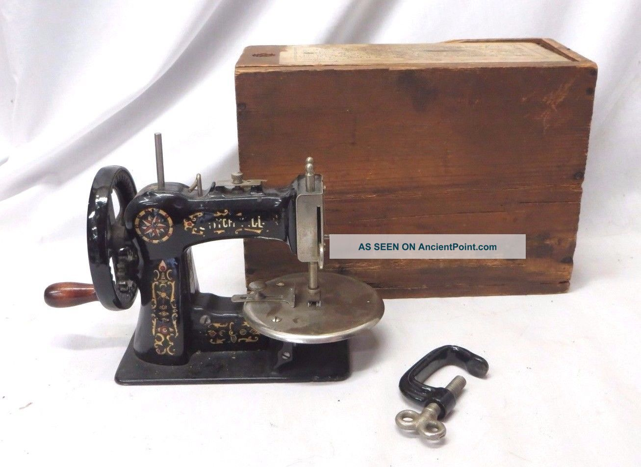 Antique 1920s Stitchwell Small Child ' S Toy Sewing Machine W/ Clamp & Box Sewing Machines photo