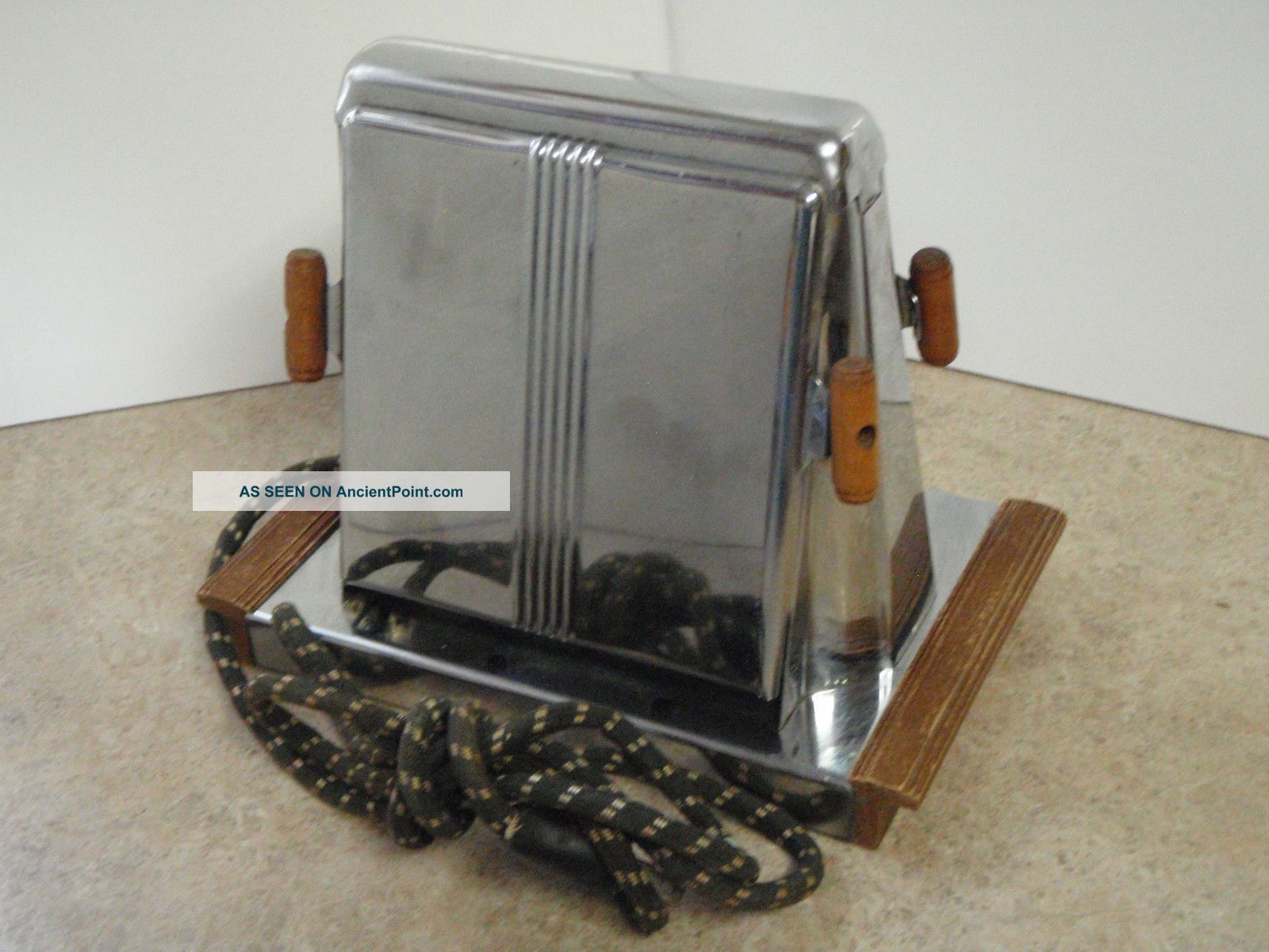 Vintage Toaster Chrome Wood Handle Chicago Electric Handyhot Side Loading Toasters photo