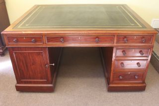 Replacement Gold Tooled Desk Or Table Leather photo