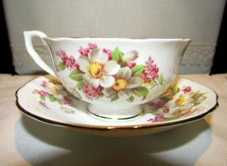 Clarence Bone China White/pink Floral Teacup And Saucer Made In England - Pretty photo
