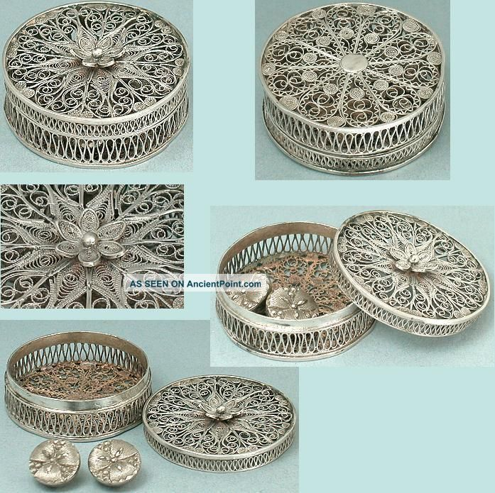 Antique Sterling Silver Filigree Patch / Button Box English Circa 1800 Other Antique Sewing photo