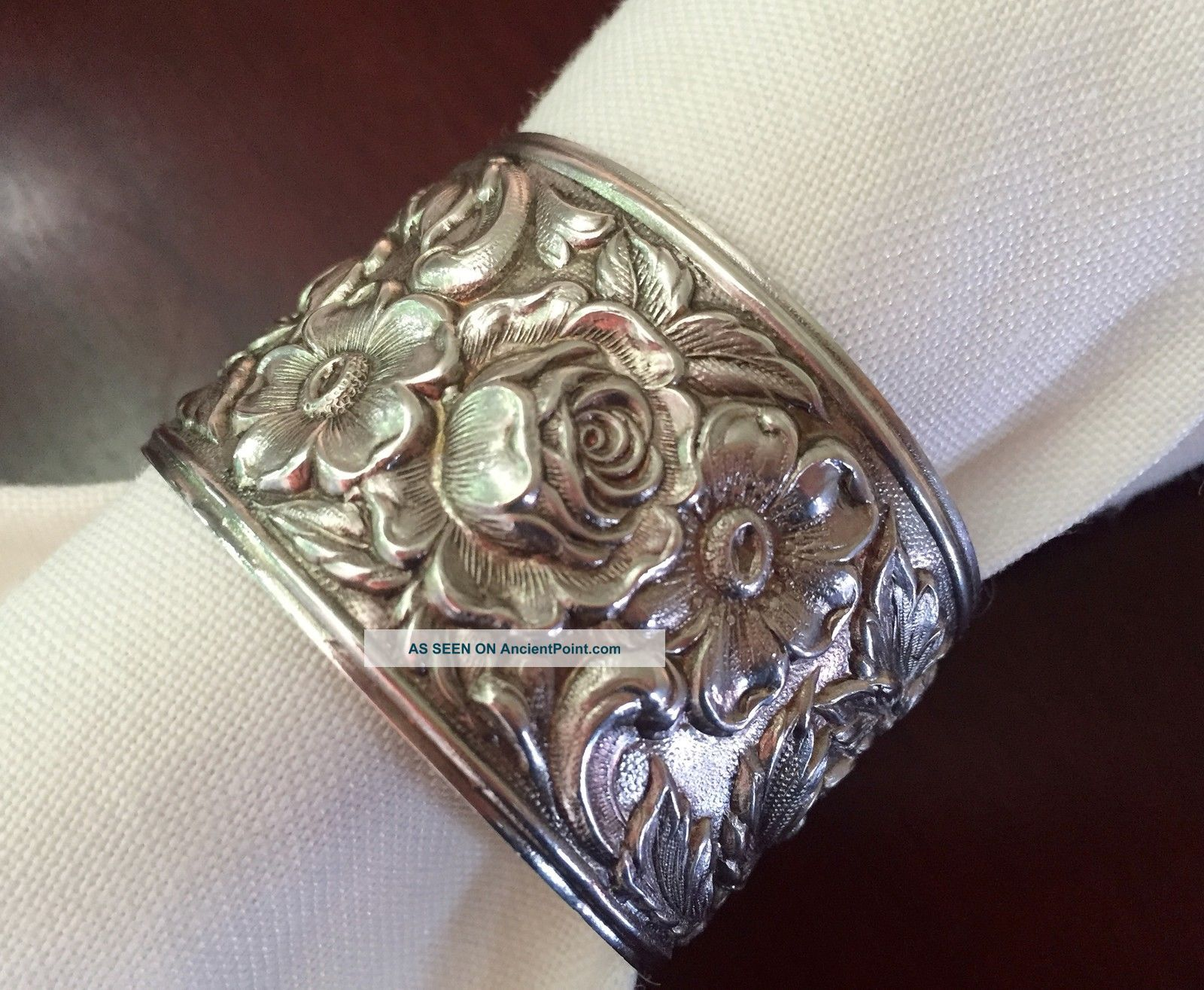 Kirk & Son Repousse Stieff Sterling Silver Napkin Ring Nouveau Victorian 2 Napkin Rings & Clips photo