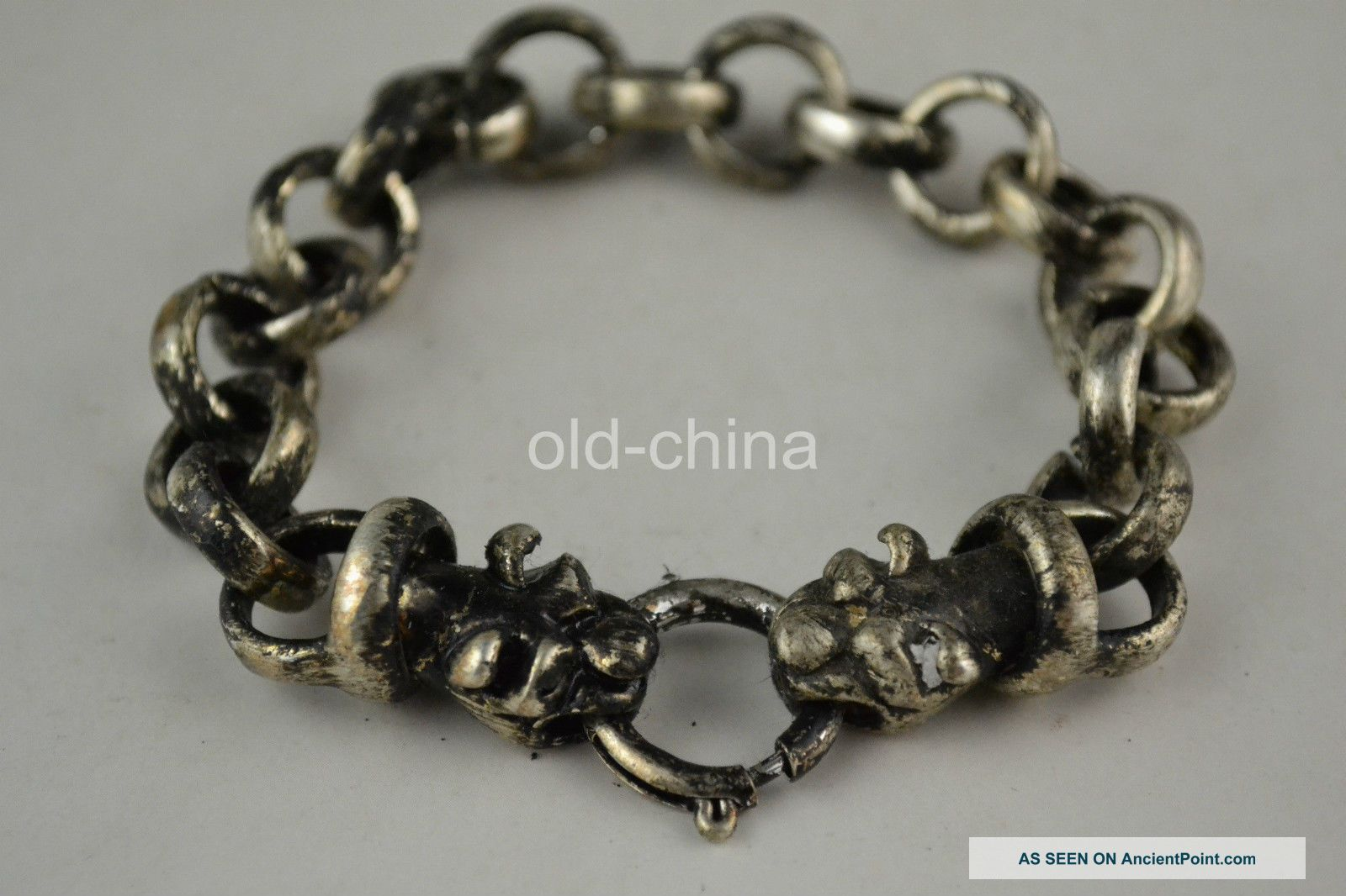 China Second - Hand Old Handwork Tibet Silver Tiger Connector Decorate Bracelet Statues photo
