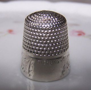 Antique Golsmith Stern Sterling Silver Engraved Floral Band Thimble Repaired photo