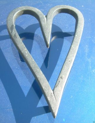 Vintage Wrought / Cast Iron Footed Heart Trivet Jw 302 John Wright photo