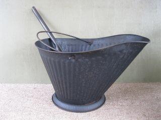 Antique Coal Scuttle Hod Bucket Primitive 17 Metal Ash Shovel Bail Handle photo