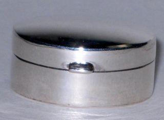 Pill /snuff Box Sterling Silver Oval Shape 6.  5 Gr photo