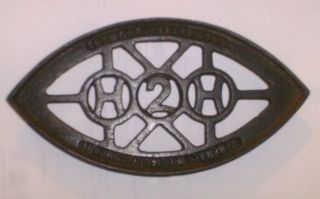 Antique Cast Iron H2h General Specialty Company Humphrey Gas Iron Trivet photo