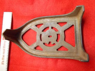 Antique Giant Cast Iron Sad Iron Trivet,  Rosenbaum Mfg.  Co. photo