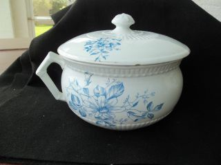 Vintage Johnson Brothers Royal Ironstone Chamber Pot Blue Flowers Lid photo